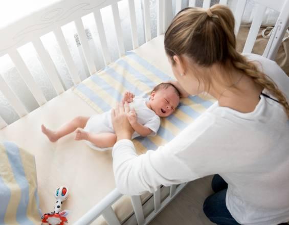 ¿Cómo hacer dormir al bebé?
